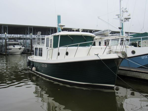 """Used American Tug """"34"""" Pilothouse Trawler Boat For Sale"""