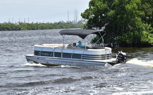 Used Misty Harbor 2285 Biscayne Bay CU Pontoon Boat For Sale