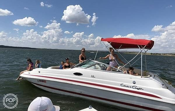 Used Chris-Craft 232 Sports Deck Vision 2000 Deck Boat For Sale