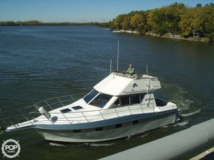 Used Cruisers Yachts 3380 Esprit Cruiser Boat For Sale