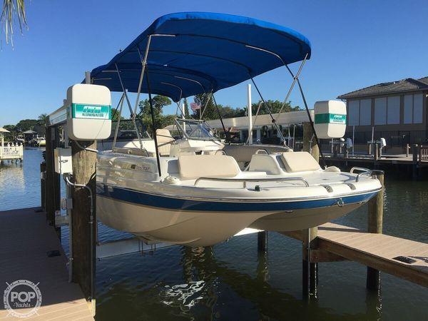 Used Splendor 239 Sunstar Deck Boat For Sale