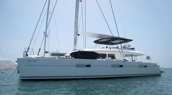Used Lagoon 620 Catamaran Sailboat For Sale