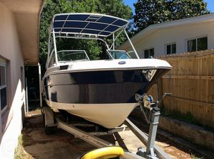 Used Robalo 227 Runabout Boat For Sale