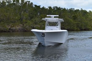 Used Invincible 42 Open Fisherman Center Console Fishing Boat For Sale
