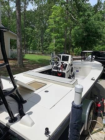 Used Maverick 18 HPX Flats Fishing Boat For Sale