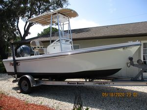 Used Parker 1801 Center Console Center Console Fishing Boat For Sale