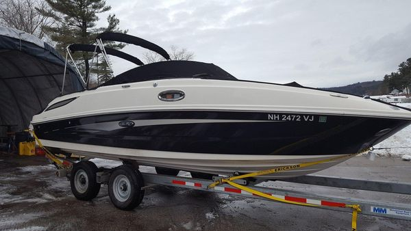 Used Sea Ray 260 Sundeck Express Cruiser Boat For Sale