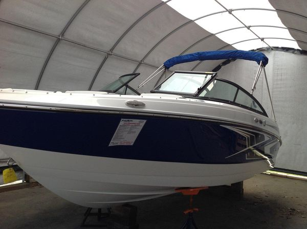 New Monterey M20 Express Cruiser Boat For Sale