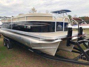 Used Manitou Aurora 23 VP Pontoon Boat For Sale