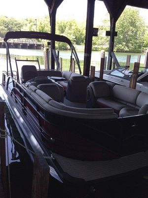 New Berkshire 25SB2 STS Pontoon Boat For Sale