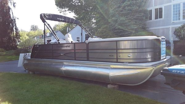 New Berkshire 24SB2 CTS Pontoon Boat For Sale