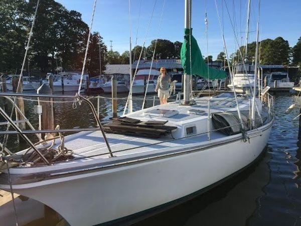 Used Yorktown 39 Sloop Sailboat For Sale