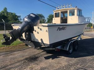 Used Parker 2520 XL Sport Cabin Freshwater Fishing Boat For Sale