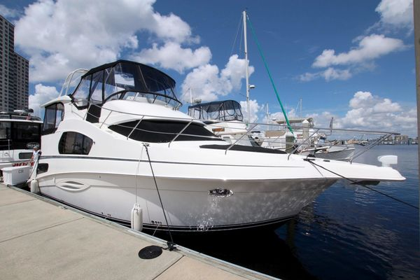 Used Silverton 39 Motor Yacht Aft Cabin Boat For Sale