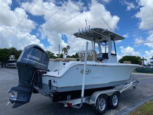 Used Sea Hunt Ultra 235 SE Center Console Fishing Boat For Sale