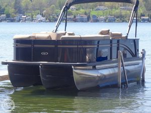 Used Harris Cruiser 220 Pontoon Boat For Sale