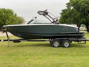 New Cobalt CS23 Surf Bowrider Boat For Sale