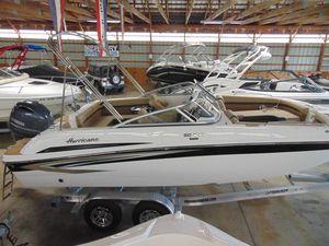 New Hurricane SunDeck 217 OB Bowrider Boat For Sale