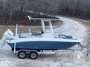 Used Stingray 206 CC Center Console Fishing Boat For Sale