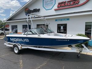 Used Moomba Mobius Bowrider Boat For Sale