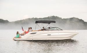 New Sea Ray 250 SDX Deck Boat For Sale