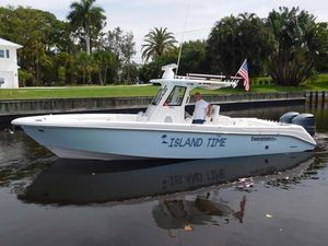 Used Everglades 325 CC Center Console Fishing Boat For Sale