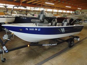 Used Crestliner 1450 Discovery Side Console Freshwater Fishing Boat For Sale