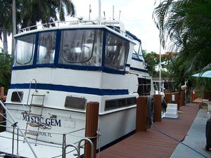 Used Marine Trader Tradewinds 43 Sundeck Motor Yacht For Sale