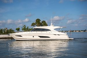 Used Riviera 5400 Sport Yacht Sports Cruiser Boat For Sale