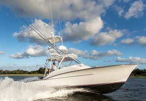 Used Winter Custom Yachts 30 Express Sports Fishing Boat For Sale
