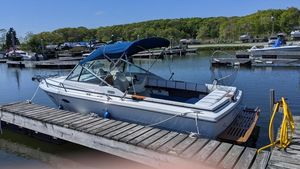 Used Tiara 2100 Express Cruiser Boat For Sale