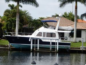 Used Island Pilot Cruiser Boat For Sale
