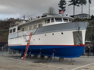 Used Custom Pilothouse Trawler Cruiser Boat For Sale