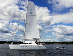 Used Lagoon 380 Owner Catamaran Sailboat For Sale