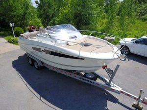 Used Jeanneau Cap Camarat 8.5 WA Saltwater Fishing Boat For Sale