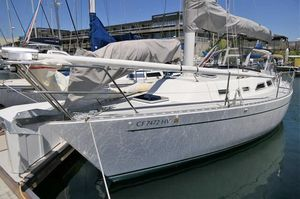 Used Freedom 30 Cruiser Sailboat For Sale