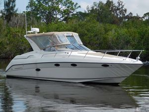 Used Regal 322 Commodore Cruiser Boat For Sale