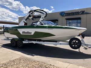 New Malibu 25 LSV Ski and Wakeboard Boat For Sale