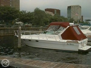 Used Sun Runner Classic 318 Express Cruiser Boat For Sale