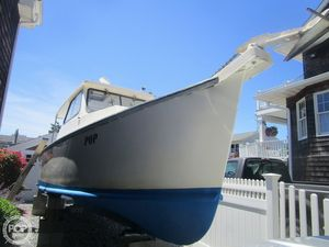 Used Evans Boats 30 Pilothouse Boat For Sale