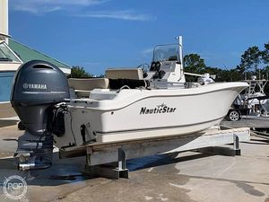 Used Nauticstar 19XS Center Console Fishing Boat For Sale