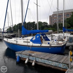 Used C & C Yachts 30 Racer and Cruiser Sailboat For Sale