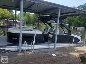 Used Manitou SHP 250 X-plode Ski and Wakeboard Boat For Sale