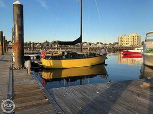 Used Bayliner 30: Bucaneer Sloop Sailboat For Sale