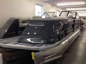 New Crest CONTINENTAL 270SLS Pontoon Boat For Sale