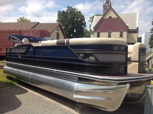 New Crest CLASSIC 230SLS Pontoon Boat For Sale
