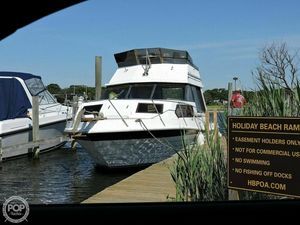 Used Penn Yan 28 Express Sedan Express Cruiser Boat For Sale