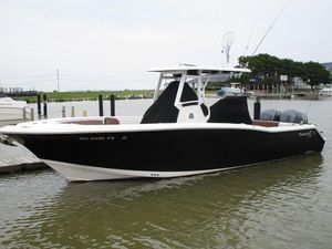 Used Tidewater 280 CC Center Console Fishing Boat For Sale