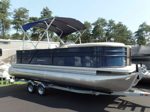 New Crest II 220 L Pontoon Boat For Sale