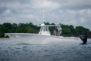 Used Tidewater 32CC Center Console Fishing Boat For Sale